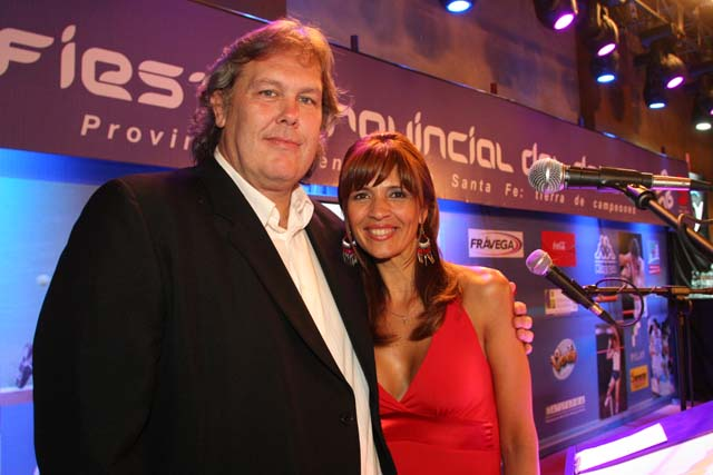 Silvina Camino junto a Gonzalo Bonadeo.