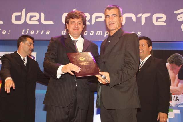 Horacio Elizondo: el arbitro del Mundial.